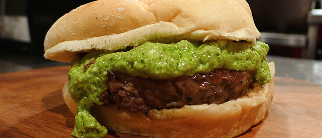 Jets-Pesto Burger – Signature Burger